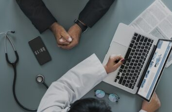 Na czym polega prywatna opieka medyczna?