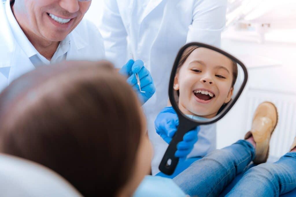 Jak często należy chodzić do stomatologa?