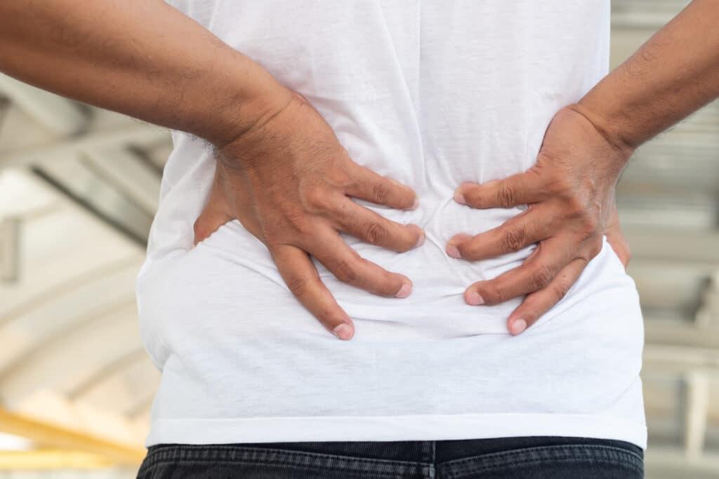 Dlaczego nie wolno lekceważyć bólu pleców? Przyczyny i przeciwdziałanie
